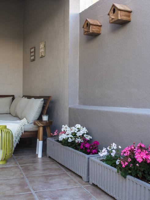 Jardines de estilo  de MUDA Home Design