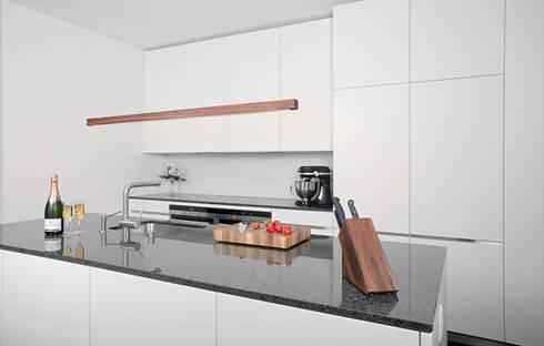 leuchte st ckholz die ganz besondere leuchte aus echtem holz von aeschlimann handels gmbh homify. Black Bedroom Furniture Sets. Home Design Ideas