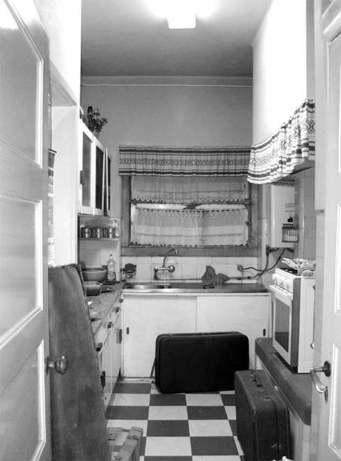Cozinha - Antes:   por Atelier da Calçada