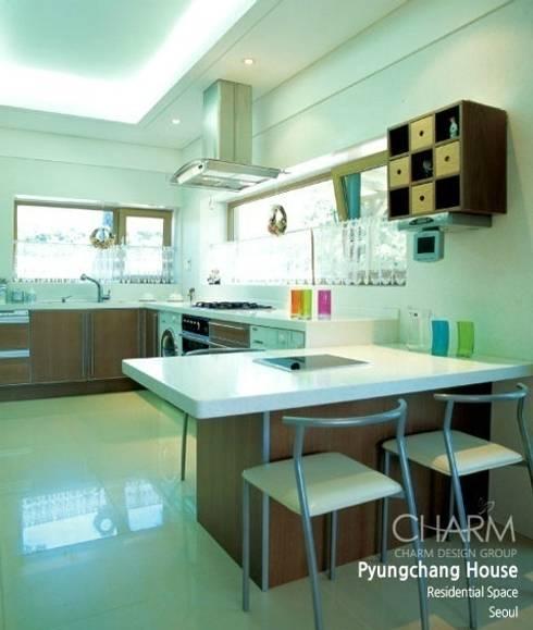 평창동 주택: 참공간 디자인 연구소의  주방
