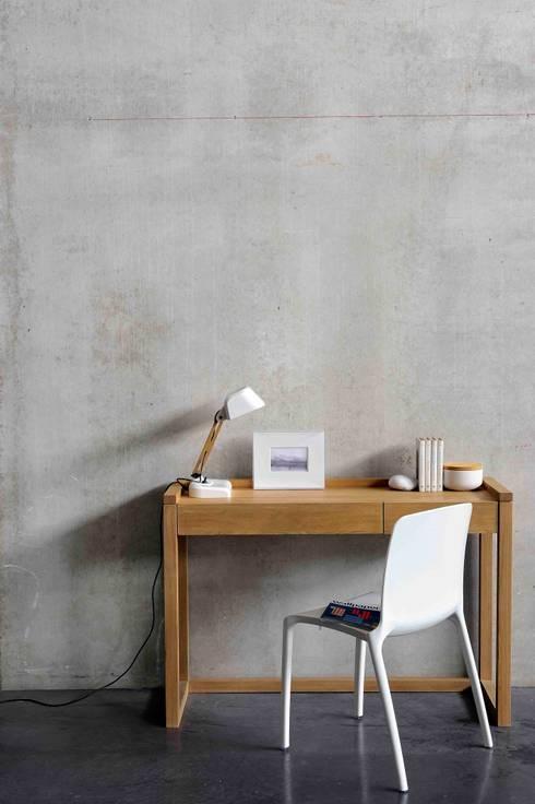 Oak Frame Console : Estudio de estilo  por bolighus design
