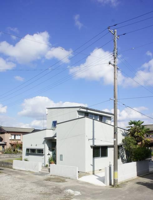 Rumah by 一級建築士事務所オブデザイン