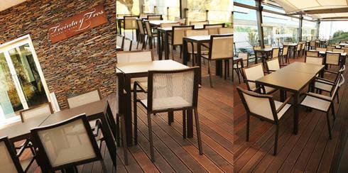 Esplanada: Espaços de restauração  por Traço Magenta - Design de Interiores