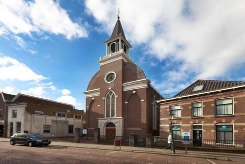 Kerk wordt tandartsenpraktijk:   door VAN DIJL ARCHITECTEN
