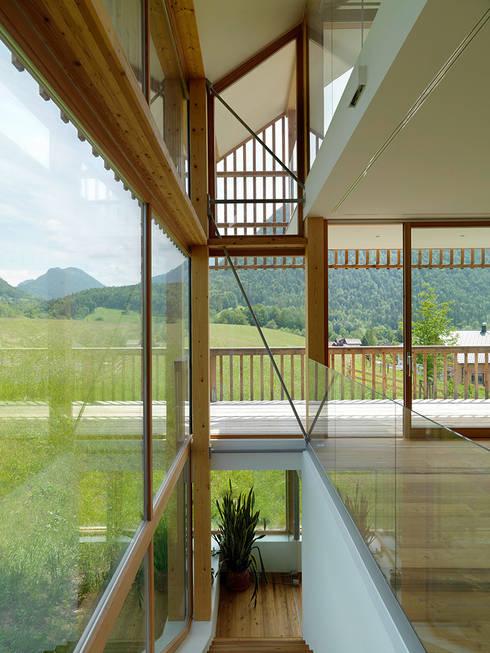 haus m, Bad Aussee:  Flur & Diele von Hohensinn Architektur