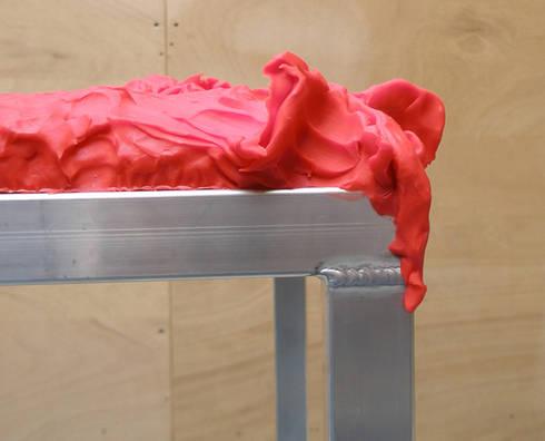 Claytable: moderne Kinderkamer door Studio Erwin Zwiers