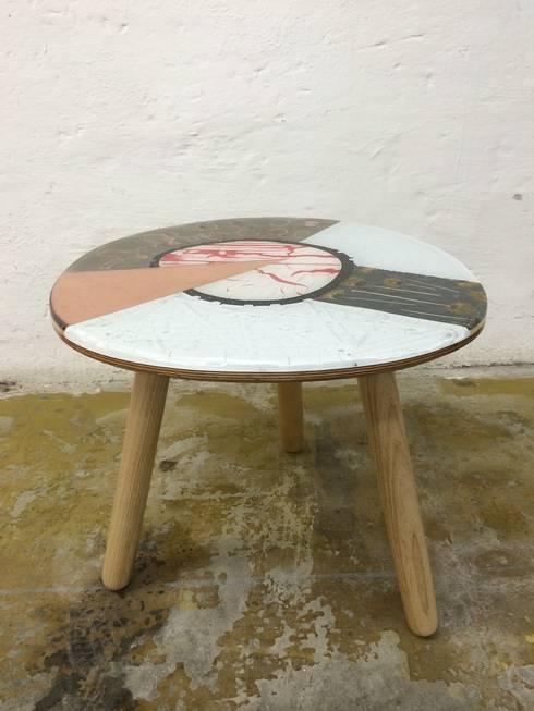 Collection Table: moderne Woonkamer door Studio Erwin Zwiers