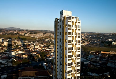 Jabuticabeiras Building: Casas modernas por ARQdonini Arquitetos Associados