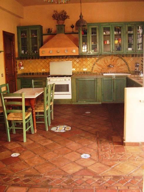 cucina in muratura par Il mosaico sas & co di salem mohsen | homify