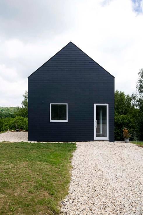 Maison ND: Maisons de style de style Moderne par Atelier d'Architecture Geoffrey Noël