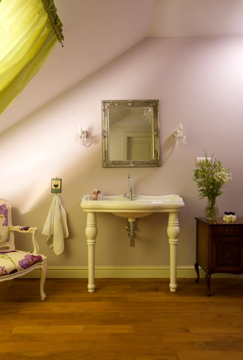 Dom Tancerzy: styl , w kategorii Łazienka zaprojektowany przez Pracownia Projektowa Poco Design