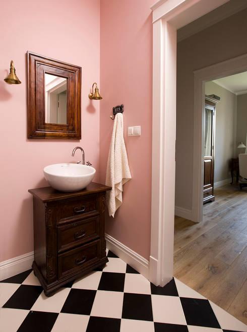Pastelowy Wilanów: styl , w kategorii Łazienka zaprojektowany przez Pracownia Projektowa Poco Design