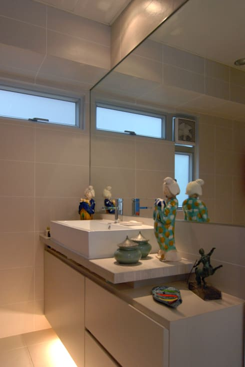 Bathroom by Stefano Tordiglione Design Ltd