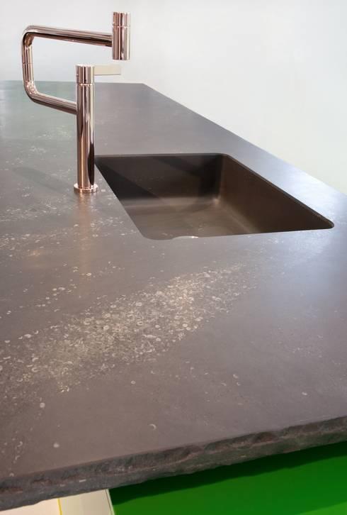 Kitchen by Heinrich Quirrenbach Naturstein Produktions- und Vertriebs GmbH
