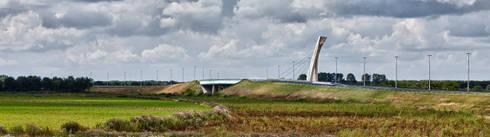 """Burgemeester Letschertbrug of """"De viering van het landschap"""":  Evenementenlocaties door Queeste architecten"""