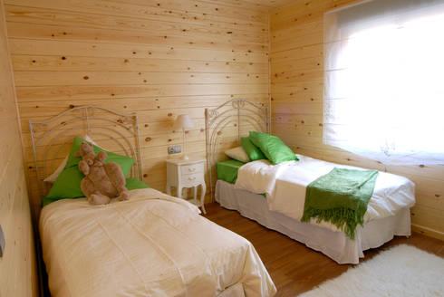 Otro Dormitorio Natura Blu 111: Dormitorios de estilo moderno de Casas Natura