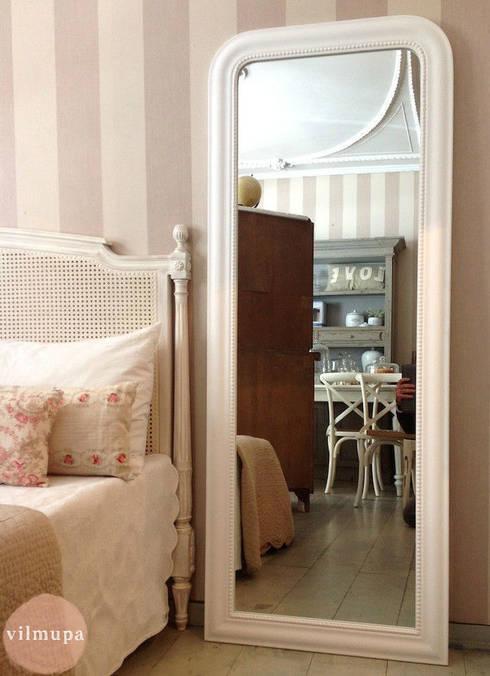 Espejo vestidor de madera blanco de vilmupa homify for Espejo madera blanco