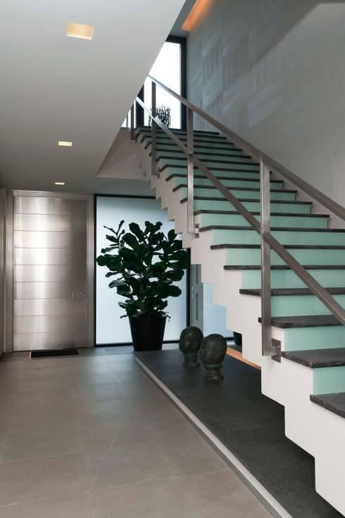 Corridor & hallway by Zimenko Yuriy