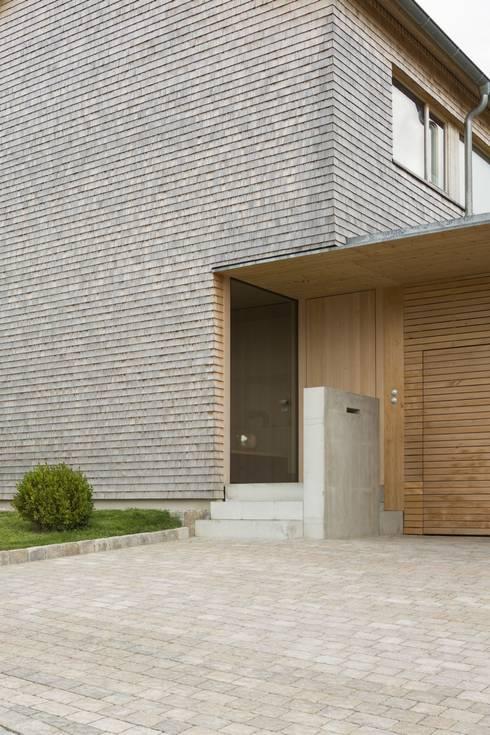 Maisons de style  par architektur + raum