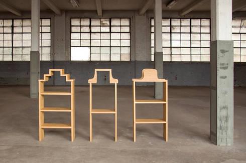 Pakhuisjes: minimalistische Woonkamer door Studio Janina Loeve