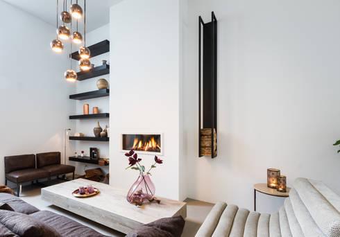 Lounge room: moderne Woonkamer door BB Interior