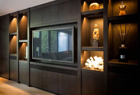Furniture: moderne Woonkamer door BB Interior