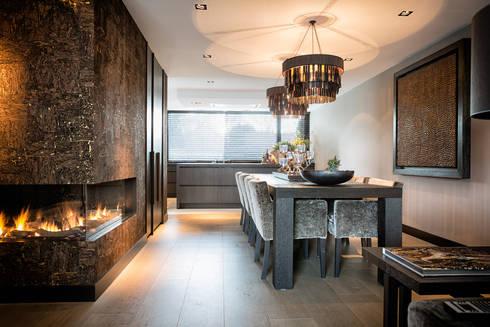 Dining room: moderne Eetkamer door BB Interior
