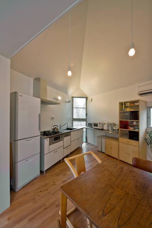 水石浩太建築設計室/ MIZUISHI Architect Atelier:  tarz Yemek Odası