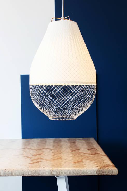 Open Meshmatics Lamp: industriële Woonkamer door Atelier Rick Tegelaar