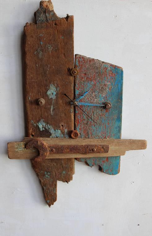 Hogar de estilo  por Julia's Driftwood