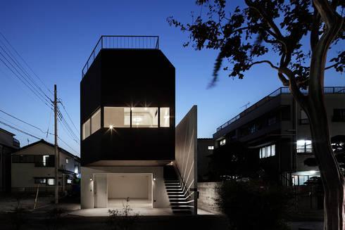江戸川の家: RCageが手掛けた商業空間です。