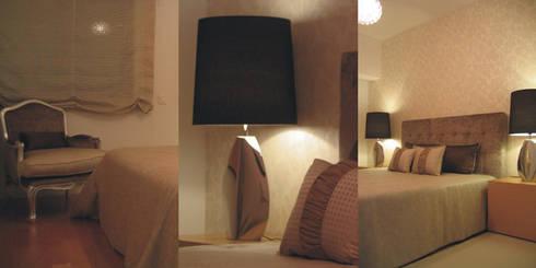 Suite principal: Quartos clássicos por Traço Magenta - Design de Interiores
