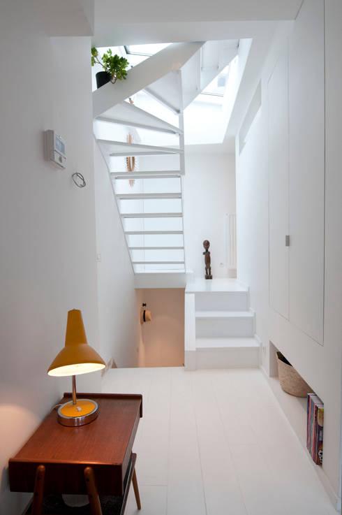 Corridor, hallway & stairs  by phdvarvhitecture