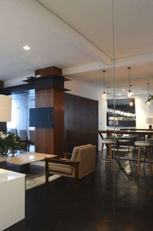 Estar: Salas de estar modernas por House in Rio
