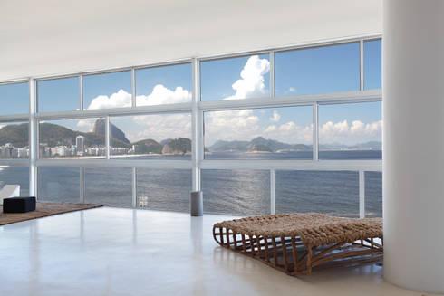 Vista estar: Salas de estar modernas por House in Rio