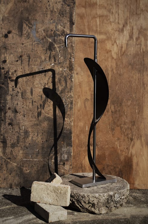 Foglia: Giardino in stile in stile Moderno di Ivo Martini