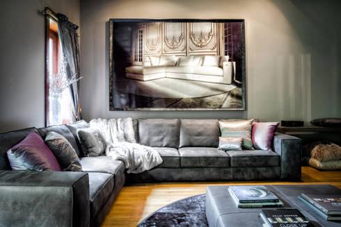 leren lounge-bank Geneve by RUPERT & RUPERT: eclectische Woonkamer door RUPERT & RUPERT