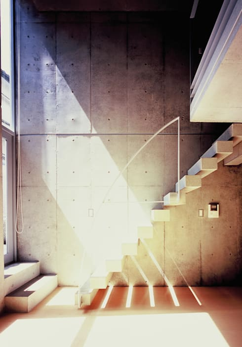 Residence LILAS: SOCIUS一級建築士事務所が手掛けたリビングです。