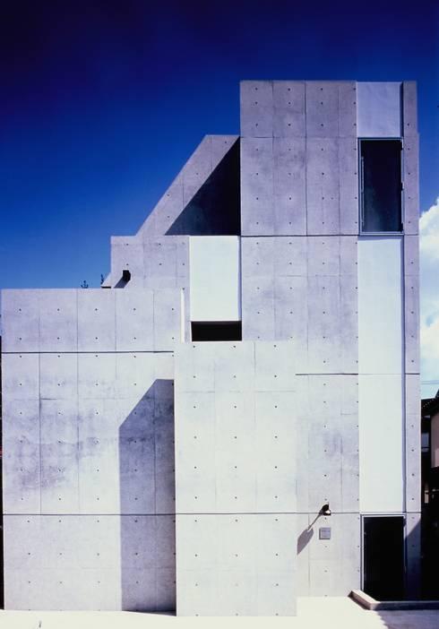 Residence LILAS: SOCIUS一級建築士事務所が手掛けた家です。