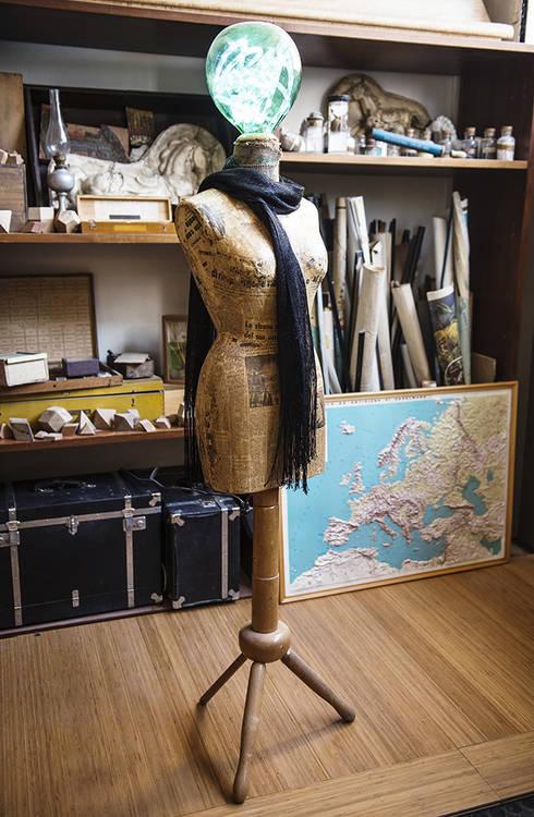 Salones de estilo industrial de Laboratorio Arc&Craft