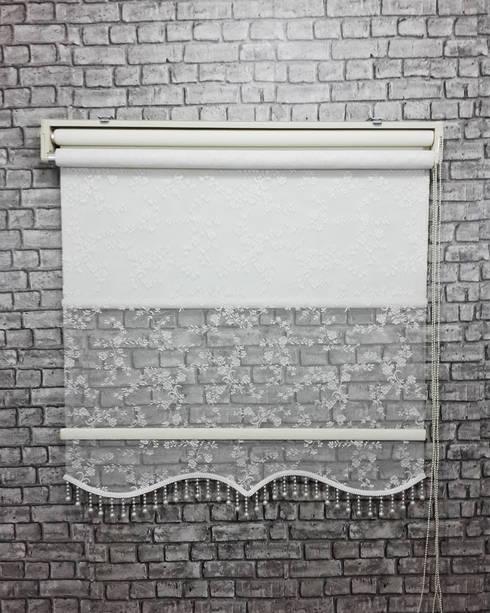 Finestre & Porte in stile in stile Moderno di SEZERLER DEKORASYON VE PERDE LTD STI
