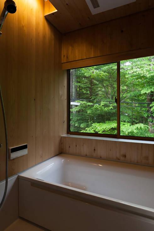 Bathroom by 光風舎1級建築士事務所