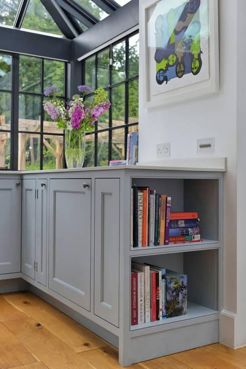 مطبخ تنفيذ Vivid line furniture ltd