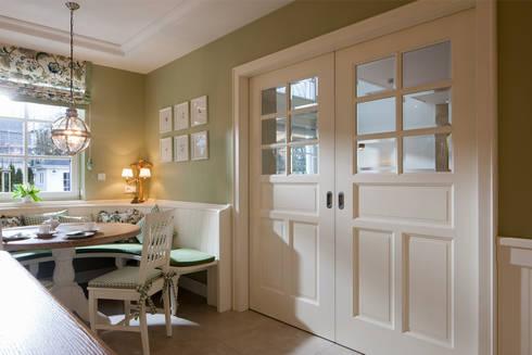 klassisches landhaus mit stil und charme von beinder. Black Bedroom Furniture Sets. Home Design Ideas