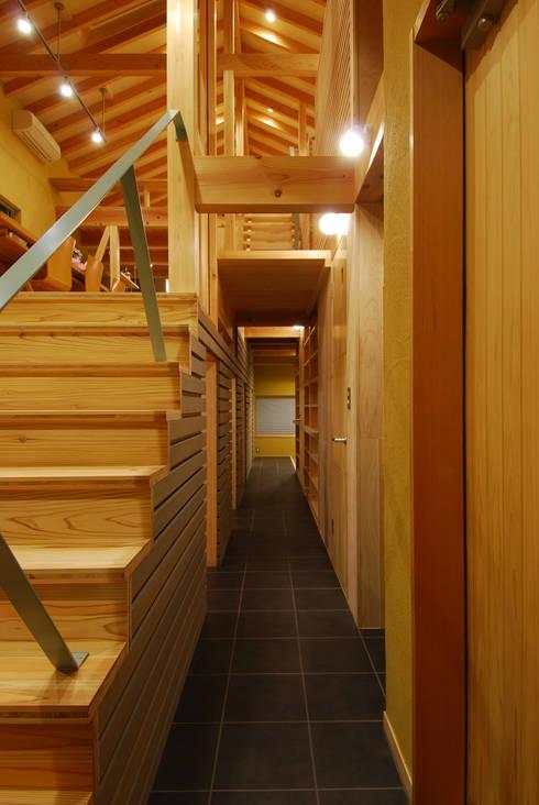 豊田空間デザイン室 一級建築士事務所의  복도 & 현관