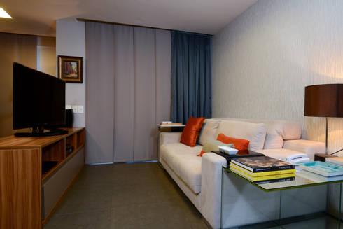 Sala de Estar / Tv : Sala de estar  por Alexandre Magno Arquiteto