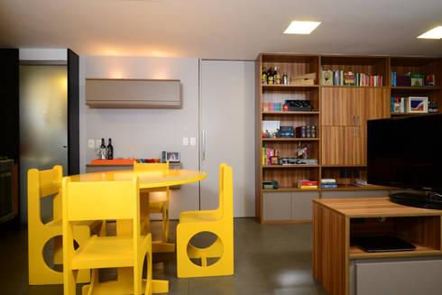 Sala de Jantar / Biblioteca : Sala de jantar  por Alexandre Magno Arquiteto