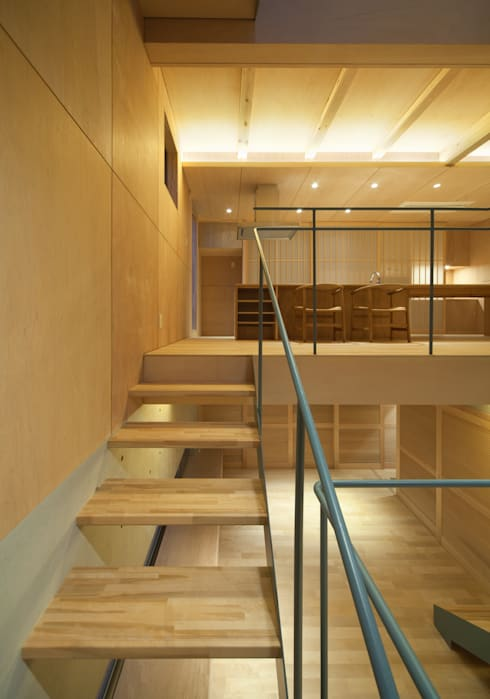 Corridor & hallway by MOVEDESIGN