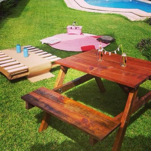 Banca de Jardin: Jardín de estilo  por La Magdalena
