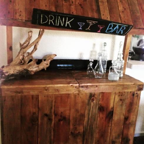 Bar: Comedor de estilo  por La Magdalena